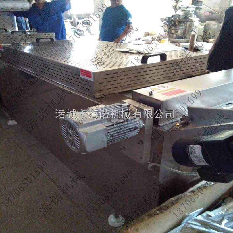 320诸城海诺拉伸膜自动成型真空包装机  高效率拉伸式成型真空包装机