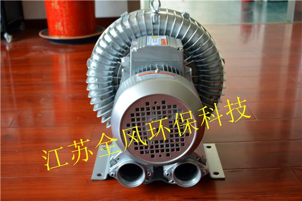 如果电流过大时会导致接触器负荷跳脱,为防止跳脱,可在吸气或排气